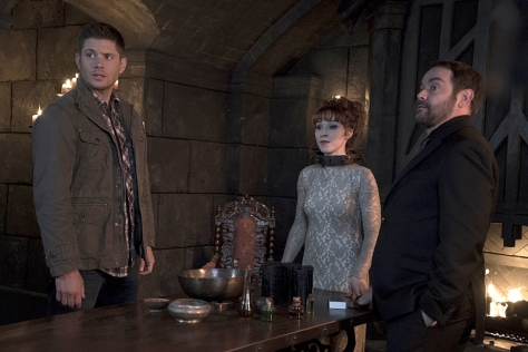Supernatural-season-11-episode-10-Dean-Rowena-and-Crowley