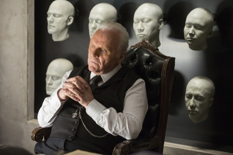 westworld-episode-3-anthony-hopkins