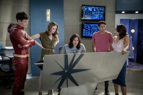 The Flash, Mixed Signals 02