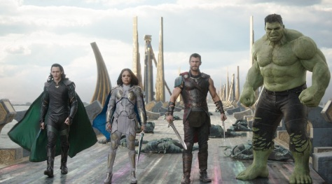 Thor Ragnarok featurettes and comics origin - Header