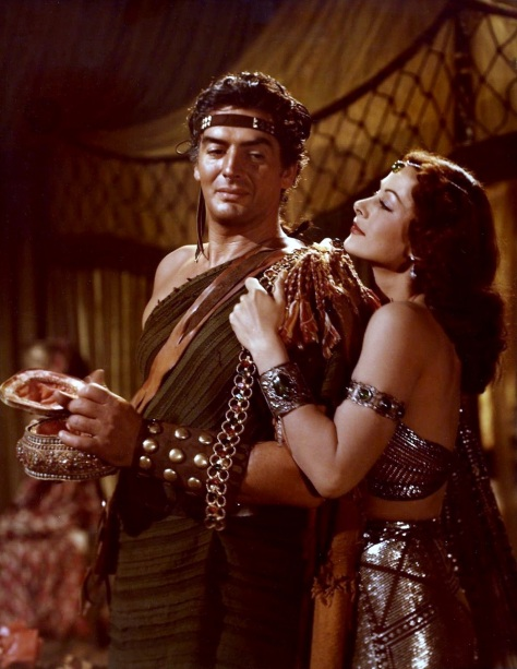 Color_photograph_of_Victor_Mature_and_Hedy_Lamarr_as_Samson_and_Delilah