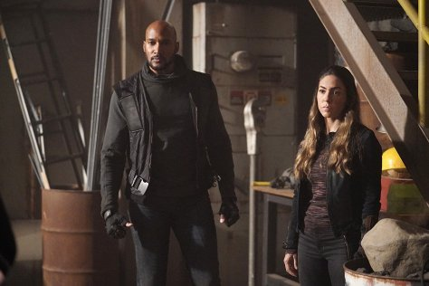 Agents of S.H.I.E.L.D., Together or Not At All 06