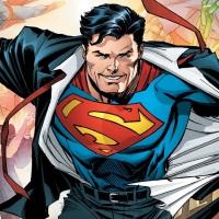 לקראת חוברת ה-1000, סופרמן חוזר למראה הקלאסי